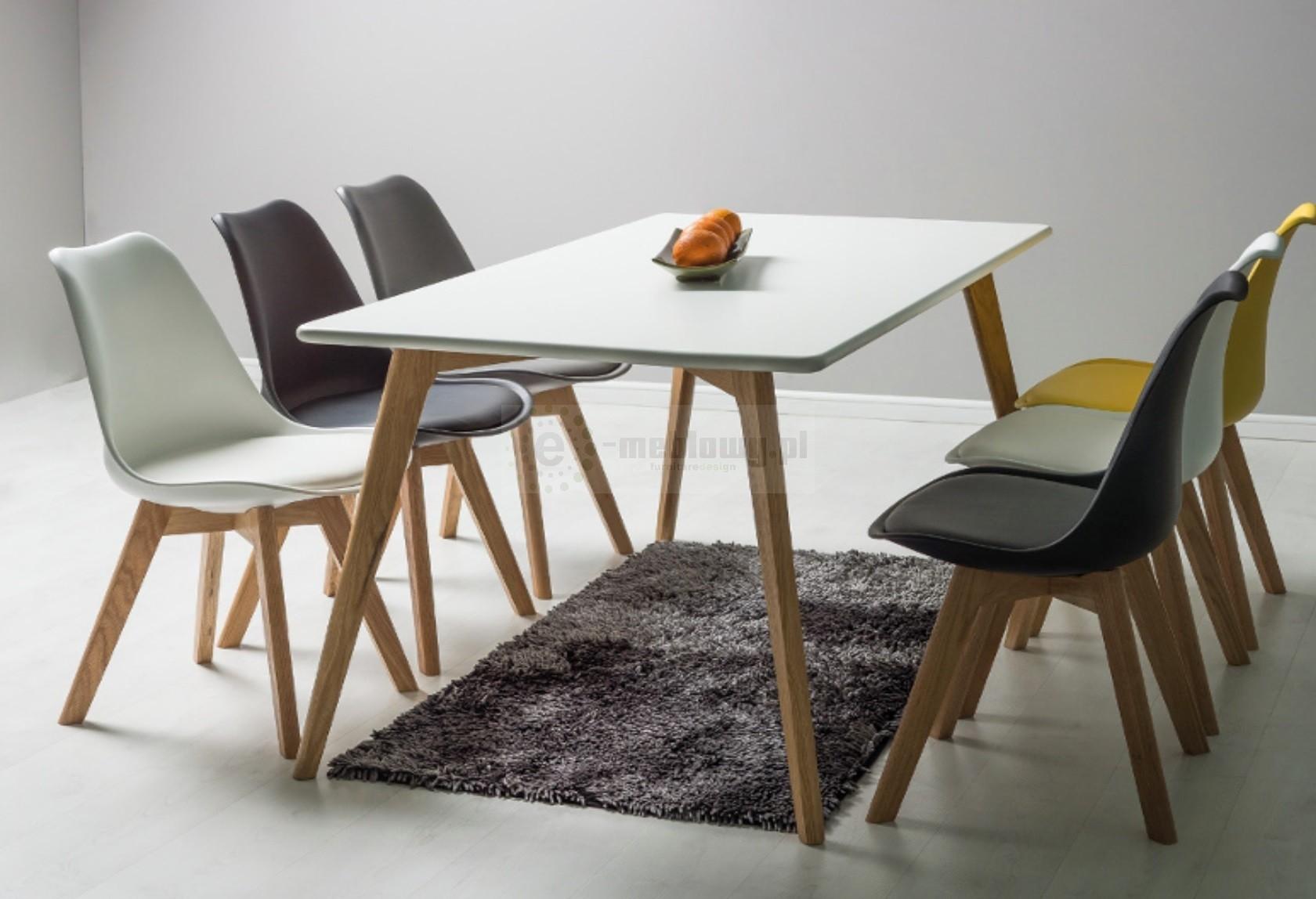 drewniany st agios sto y drewniane st w stylu skandynawskim. Black Bedroom Furniture Sets. Home Design Ideas
