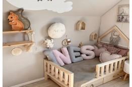 Drewniana lampka nocna dla dziecka Wiewiórka